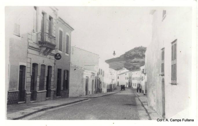 Ferreries. Carrer Nou 1935. Col·l. A. Camps Fullana.