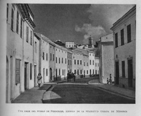 "Surt al llibre ""Guía de Mallorca, Menorca e Ibiza"" de Josep Pla, editada el 1950."